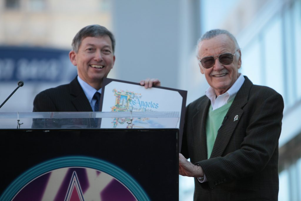 Stan Lee receiving his certificate at his Hollywood Walk of Fame ceremony.